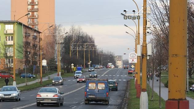 Úsekové měření rychlosti na Dělnické ulici v Havířově. Ilustrační foto.