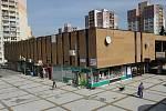 Chátrající objekt nákupního centra v Ostravě-Výškovicích.