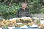 Výstava Zahrada nabízí každoročně nejen to nejlepší z práce karvinských zahrádkářů, návštěvníci tu zároveň získávají i nejednu odbornou radu a informaci.