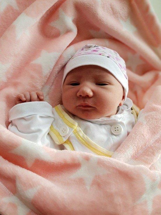 Julie Kuchařová, Velké Hoštice, narozena 6. května 2021 v Opavě, míra 49 cm, váha 3190 g. Foto: Lucie Dlabolová, Andrea Šustková