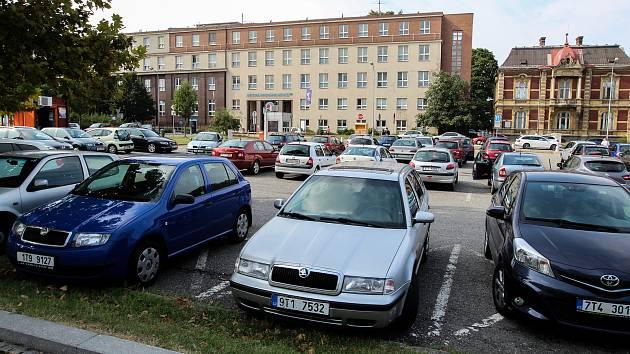 Parkoviště v centru Ostravy. Ilustrační foto z 31. srpna 2018.
