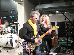 Skvělou muzikou ožil v pátek večer hudební klub kina Centrum v Havířově. Publiku se představila ostravsko-opavská kapela Made in 60´s.