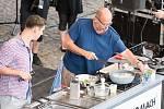 Zdeněk Pohlreich v červnu 2017 zavítal do Ostravy také na první ročník Garden Food Festival, který se konal v Dolní oblasti Vítkovic.