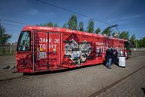 Nová tramvaj která propaguje Technotrasu, 21. května 2021 v Ostravě.