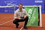 Vítězem letošního ročníku tenisového challengeru Ostra Group Open v Ostravě se stal Francouz Benjamin Bonzi.