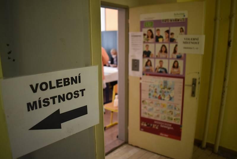 Sněmovní volby v Krnově na Bruntálsku, 8. října 2021.