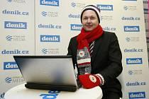Martin Bednář ve stánku Deníku v areálu Olympijského festivalu v Ostravě.
