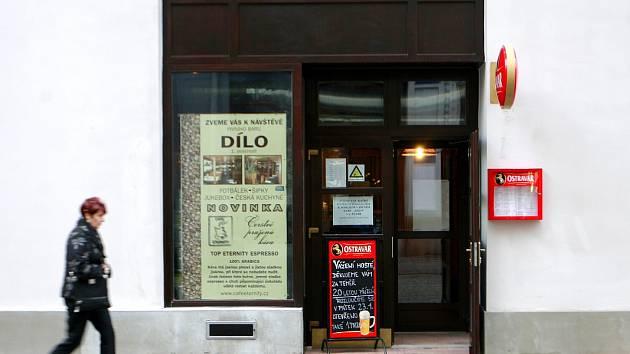 Dílo - nejprve umělecká galerie, později pivní bar, příště třeba nové obchody?