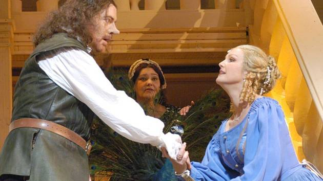 Gianluca Zampieri (Cyrano), Erika Šporerová (Společnice), Tatiana Teslia (Roxane)