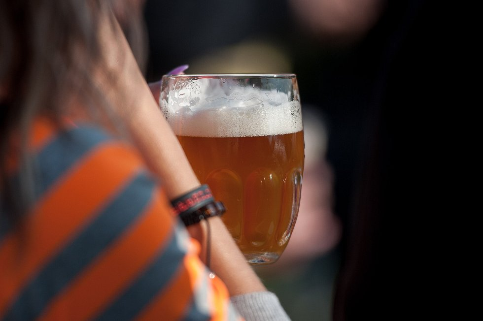 Nepřeberná nabídka. Na pivním festivalu si každý přišel na své.