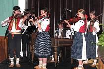 Mládežnická cimbálová muzika Kovaliček si v tomto roce připomíná deset let od svého vzniku.