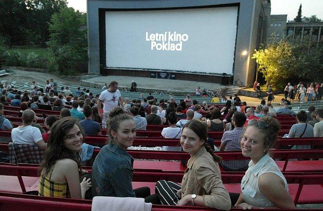 Letní kino Amfi/Poklad v Ostravě-Porubě filmovou sezonu zahájilo po dlouhých dvaadvaceti letech.