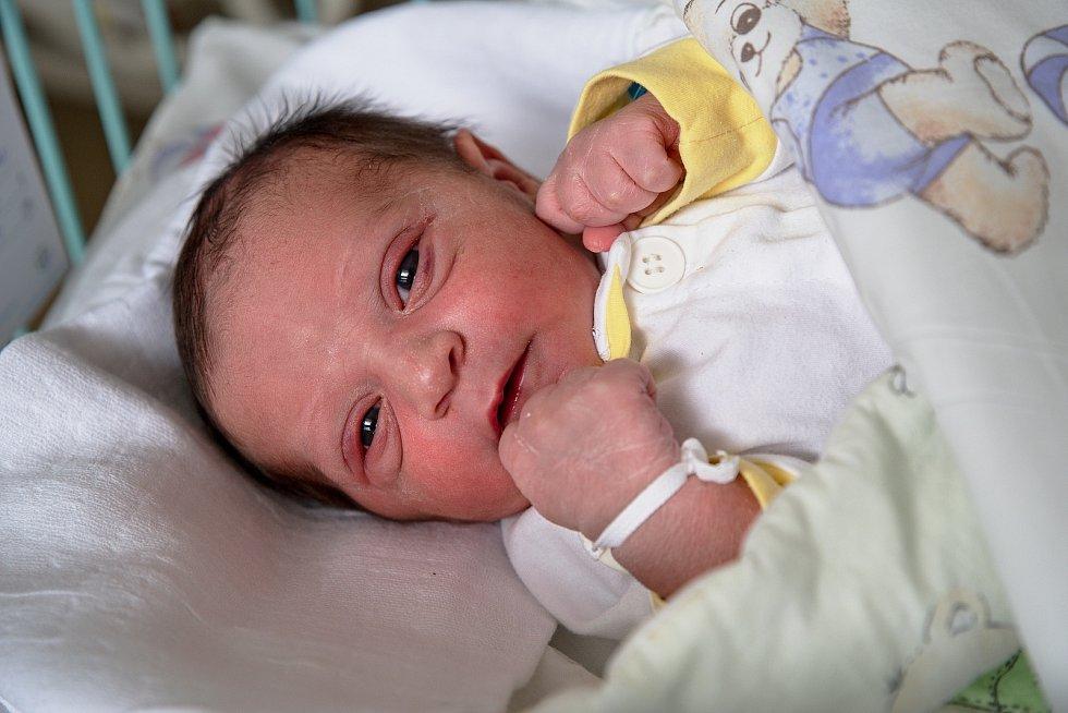 Matteo Demeter z Karviné, narozen 3. května 2021 v Karviné, míra 49 cm, váha 3100 g. Foto: Marek Běhan