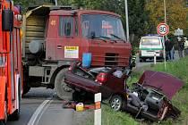 Záběr z dopravní nehody na Polanecké ulici v Ostravě