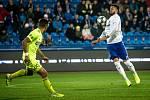 Utkání 16. kola fotbalové Fortuna ligy: FC Baník Ostrava - MFK Karviná, 8. listopadu 2019 v Ostravě. Na snímku zleva Ondřej Lingr, Patrizio Stronati.