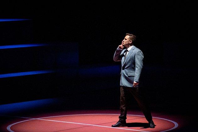 Generální zkouška světového muzikálu West Side Story vDivadle Jiřího Myrona 5.února 2020vOstravě. Herec Tomáš Savka.