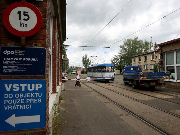 Přestěhuje se smyčka tramvají v Porubě? Město se touto problematikou chce zabývat v příštím plánovacím období.