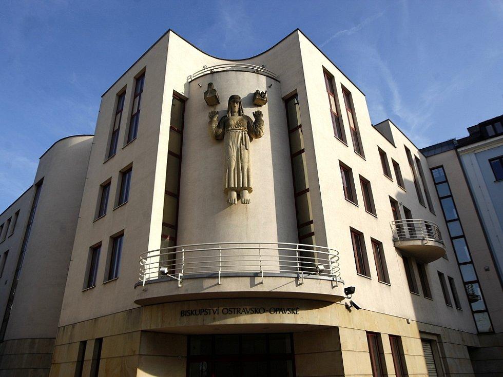 Sídlo Diecéze ostravsko-opavské je na Kostelním náměstí v Ostravě. Ilustrační foto.