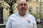 Historik a dlouholetý fanoušek fotbalového Baníku Ostrava Roman Popek.