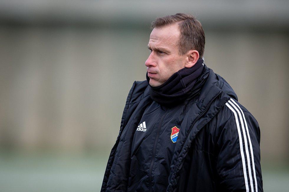 Asistent Ivan Kopecký.