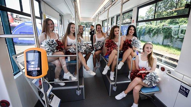 Czech Raildays 2018 v Ostravě. Nová  tramvaj Stadler nOVA.