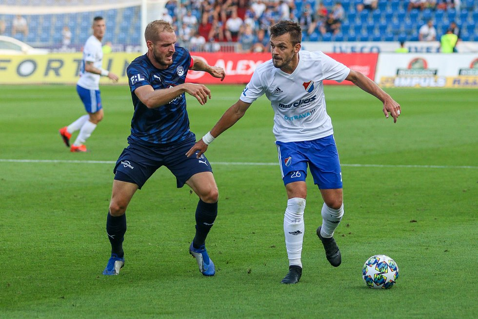 Utkaní 7. kola fotbalové FORTUNA:LIGY: FC Baník Ostrava - 1. FC Slovácko, 23. srpna 2019 v Ostravě. Na snímku (zleva) Vlastimil Daníček, Milan Jirásek.