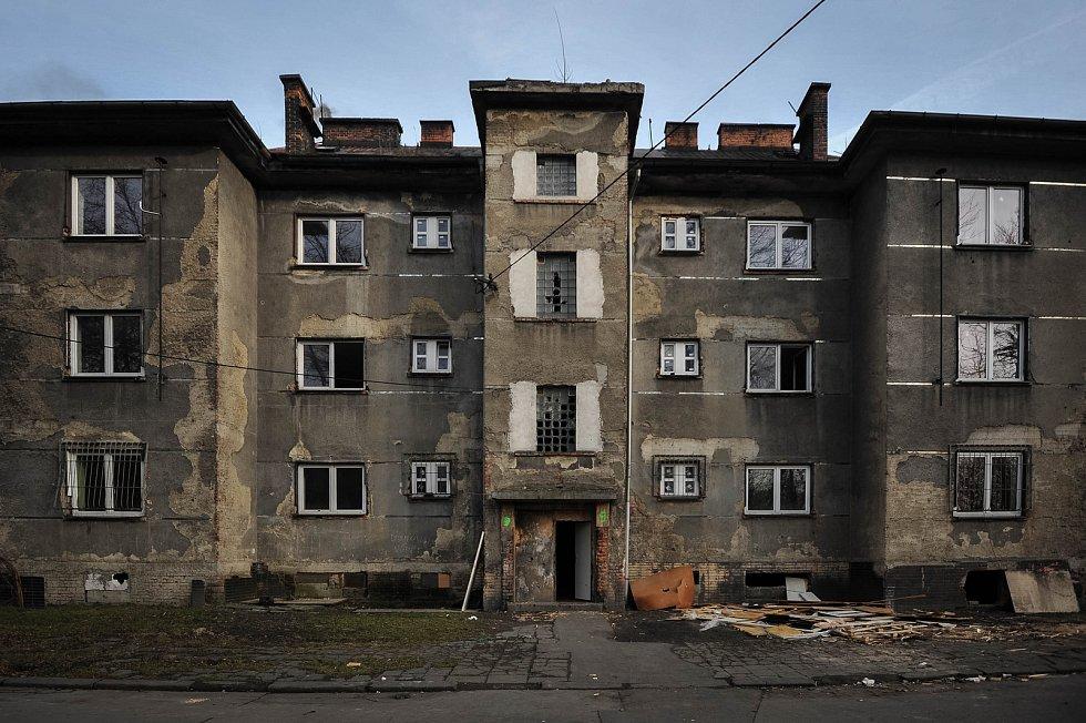 Okolí volební místnost (č. 19003 - Slezská Ostrava - Hrušov), kde v prvním kole nepřišel ani jeden volič, 26. ledna 2018.