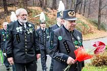 Horníci v krojích uctili památku svaté Barbory v areálu ostravského hornického muzea Landek.