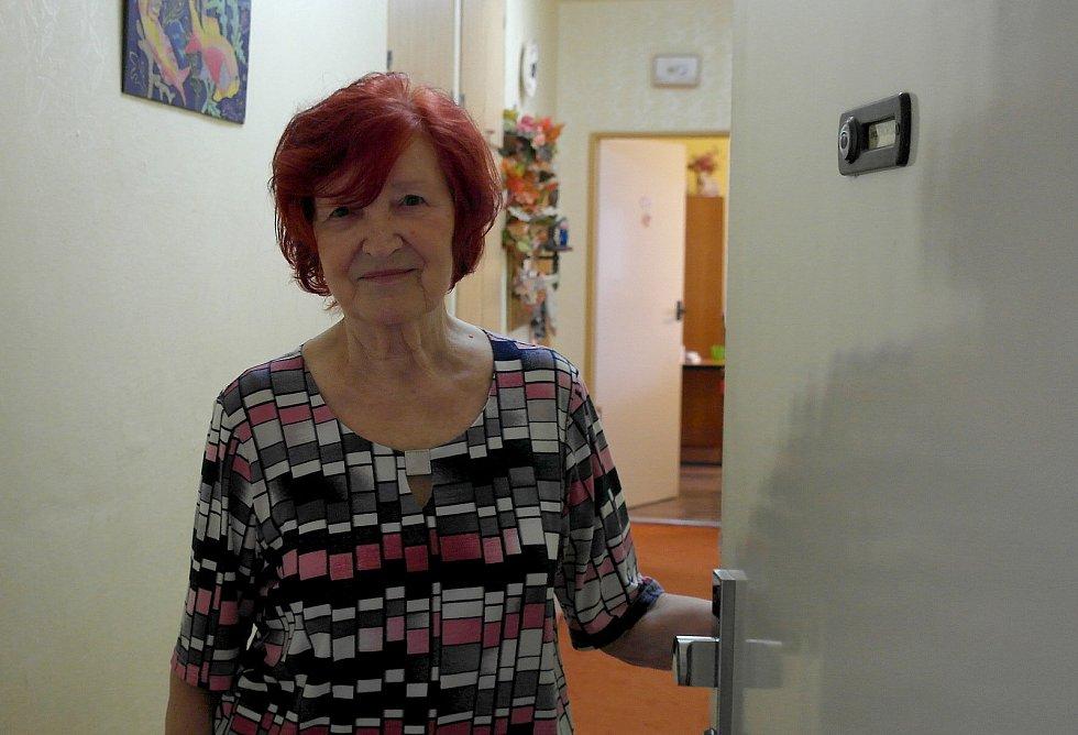 Seniorka z Ostravy-Jihu prodělala koronavirus a teď čeká na naočkování.