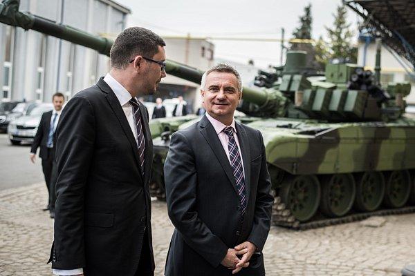 Návštěva prezidenta Miloše Zemana ve společnosti VOP CZ vŠenově uNového Jičína.