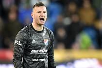 BOD uhráli naposledy fotbalisté Baníku Ostrava, kteří remizovali se Sigmou Olomouc 1:1. Hvězdou pátečního zápasu byl domácí kapitán Jan Laštůvka, který předvedl hned několik fantastických zákroků.