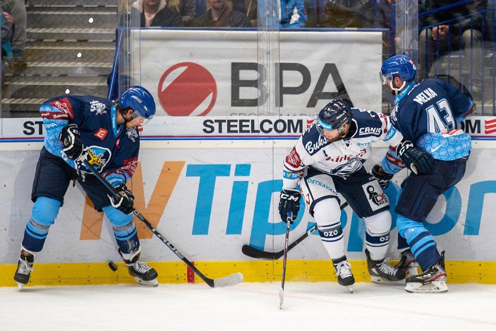 Utkání 17. kola hokejové extraligy: HC Vítkovice Ridera - Rytíři Kladno, 3. listopadu 2019 v Ostravě. Na snímku zleva Petr Šidlík, Antonín Melka.