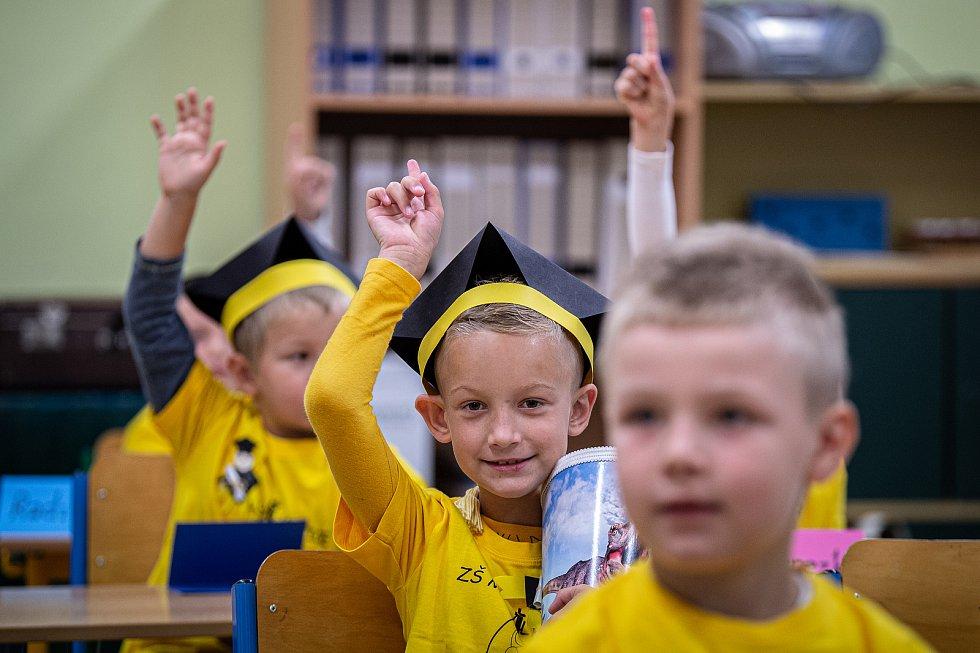 Prvňáčci z Ostravy-Michálkovic, 1. září 2020 v Ostravě.