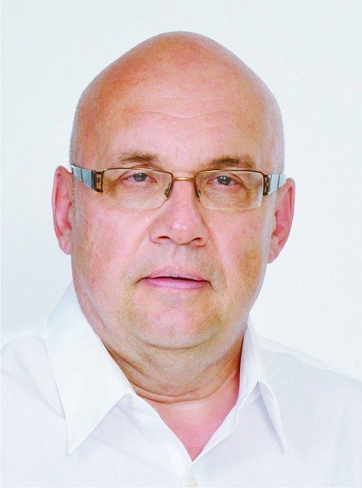 Jiří Strýček, 58 let, Nový Jičín, ředitel exportní divize, 1 922 hlasů