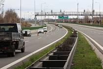 S pracemi na zhruba tři sta metrů dlouhém úseku dálnice D47 začali v těchto dnech pracovníci stavební firmy Colas.
