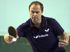 Milan Orlowski byl dříve nesmírný pingpongový bojovník, dnes je ohromný bavič.