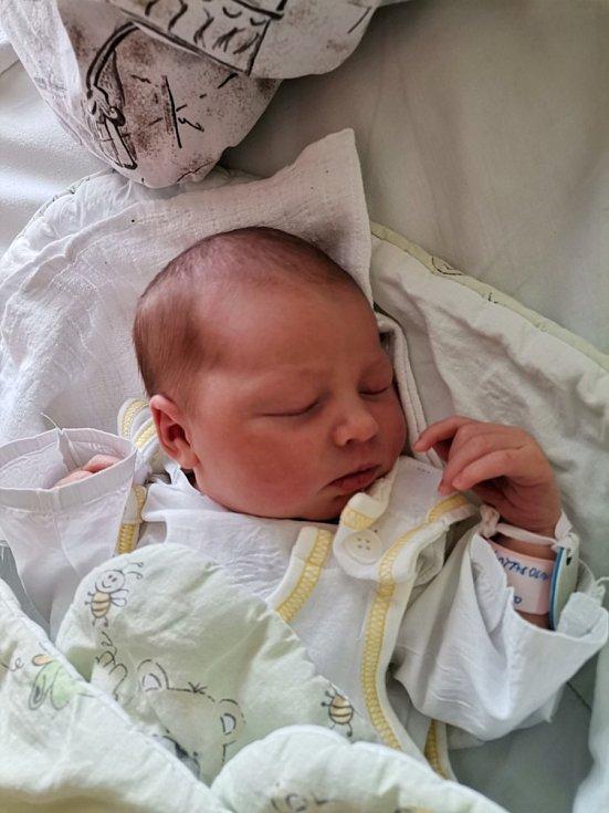 Natálie Kotasová, Orlová, narozena 3. června 2021 v Havířově, míra 50 cm, váha 3380 g.