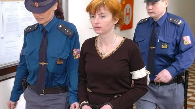 Za vraždu svého manžela stráví Petra Mináriková z Karviné ve vězení deset a půl roku.