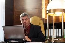 Staronový primátor Ostravy Petr Kajnar ve své pracovně.