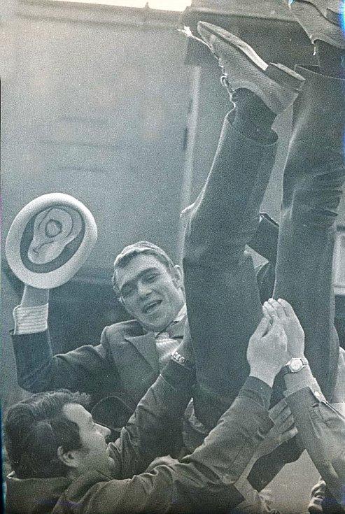 Po příletu z olympiády v Mnichově 1972.