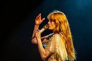Hudební festival Colours of Ostrava 2019 v Dolní oblasti Vítkovice, 17. července 2019 v Ostravě. Na snímku Florence + The Machine.