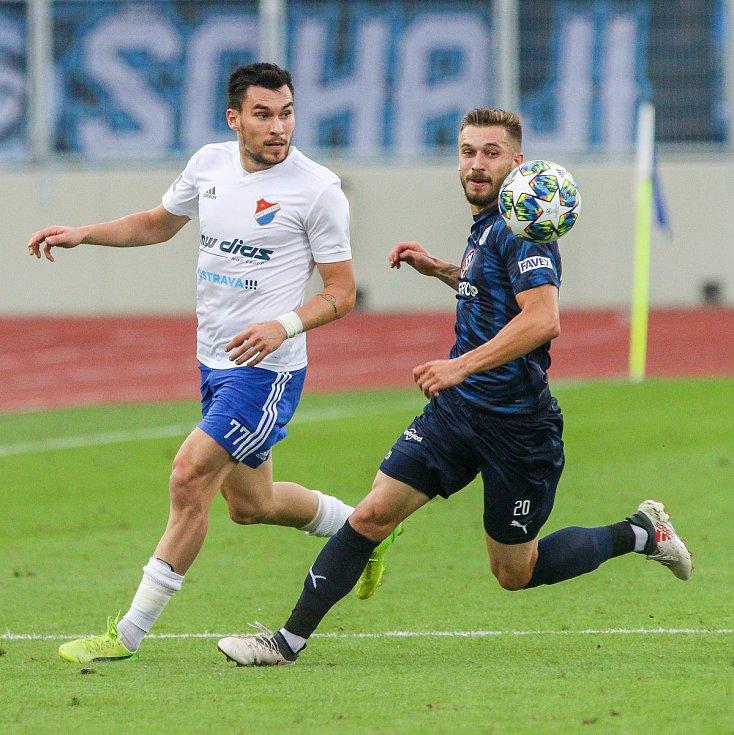 Utkaní 7. kola fotbalové FORTUNA:LIGY: FC Baník Ostrava - 1. FC Slovácko, 23. srpna 2019 v Ostravě. Na snímku (zleva) Rudolf Reiter, Marek Havlík.