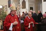 Vatikánský nuncius Američan Charles Daniel Balvo při sloužení mše v litoměřické katedrále. Ilustarční foto.