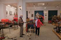 První dva návštěvníci si užili po znovuotevření Hasičské muzeum v Ostravě.