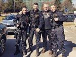 Policisty pózující s Kajínkem prošetřuje odbor vnitřní kontroly