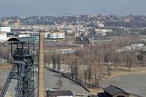 Slovenská společnost Tatry Mountain Resort má v plánu investovat zhruba miliardu korun do stavby zábavního parku. Pokud se nedomluví se sousedy v Polsku, mohl by zábavní park vyrůst mezi Dolní oblastí Vítkovic a Novou Karolinou.