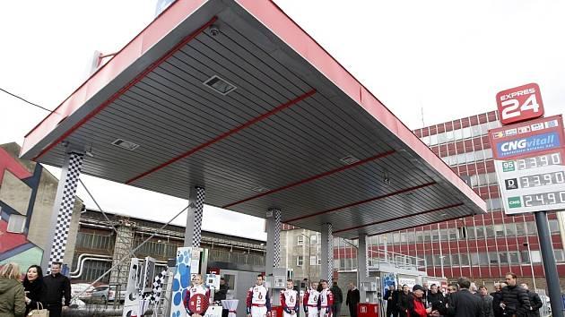 První bezobslužná čerpací stanice v Ostravě.