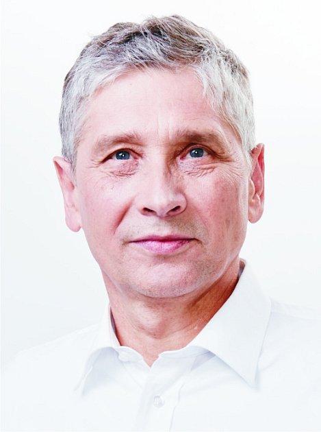 Ivo Vondrák, 58let, Velká Polom, hejtman Moravskoslezského kraje, 15592hlasů