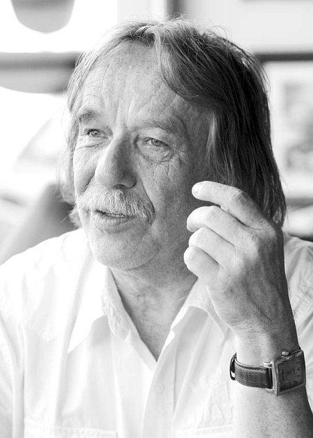 Písničkář Jaromír Nohavica.