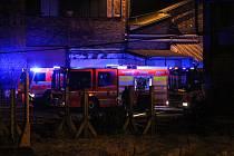 Požár opuštěného areálu ve Svinově, 10. března 2018
